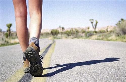 你会走路吗?走姿不良伤腿伤腰需警惕