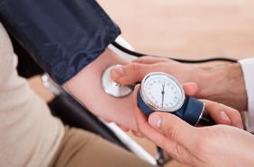 老年人如何控制血压?