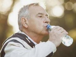 缓解老年人口干的五个方法
