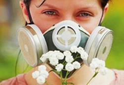 春季花粉过敏怎么办?专家教你这样防治